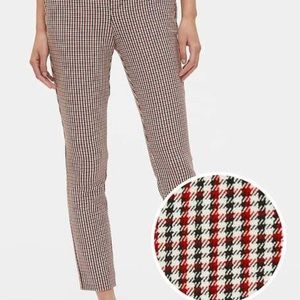 GAP plaid skinny ankle pants. Like new condition!